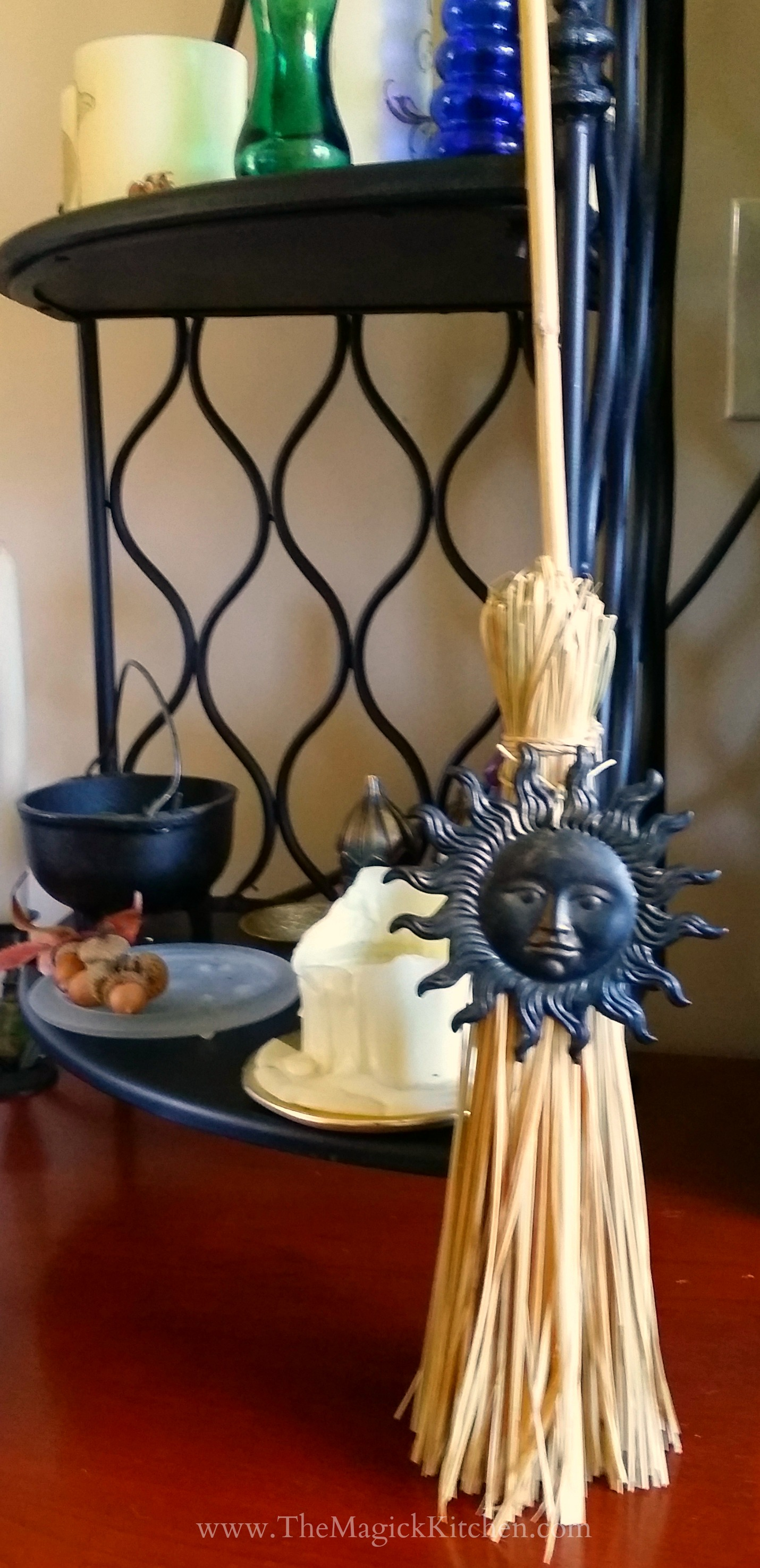 The Witches' Broom – The Magick Kitchen